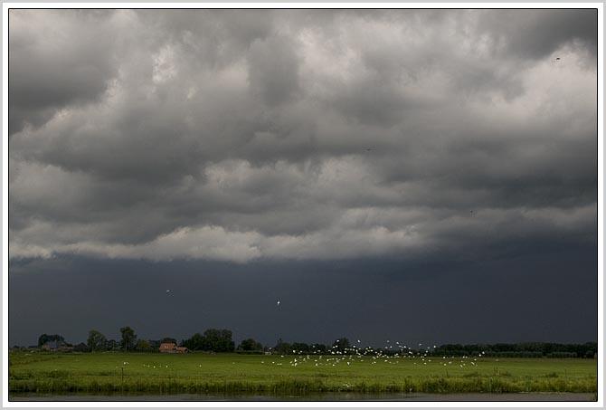 24juli09 wolkenlucht1